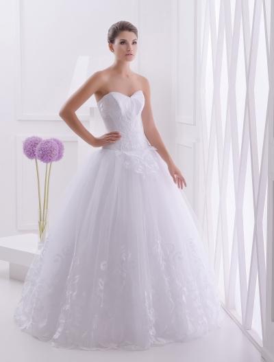 Придбати весільні сукні оптом не так вже й складно a4a25cd5abd63
