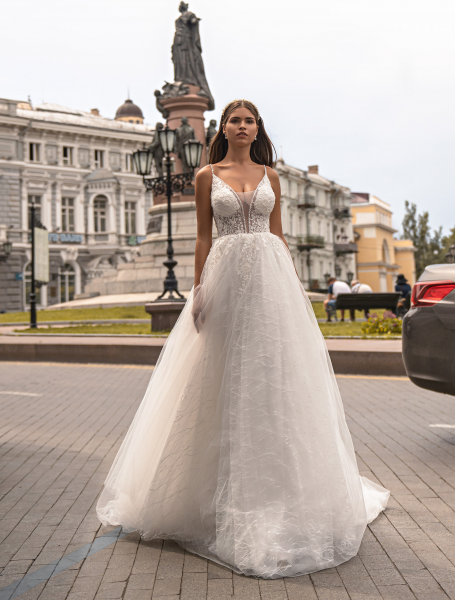 Wedding dress / J-972